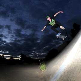 by Matty Hill - Sports & Fitness Skateboarding