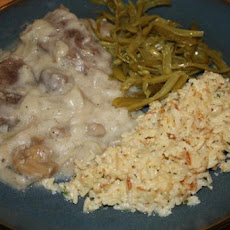 Swiss Steak With Mushrooms, Onions, & Gravy