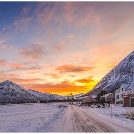 Last Light by Bjørnar Røtting - Landscapes Travel ( mountains, winter, sunset, ice )