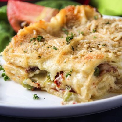 Mac-n-Cheese Lasagna