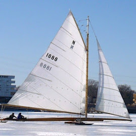The Rocket by Linda Ensor - Transportation Boats