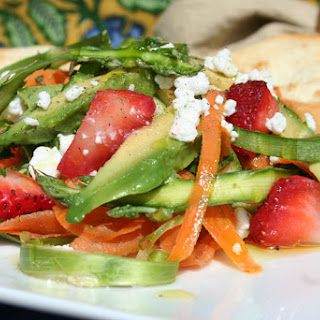 Asparagus, Strawberry & Goat Cheese Salad