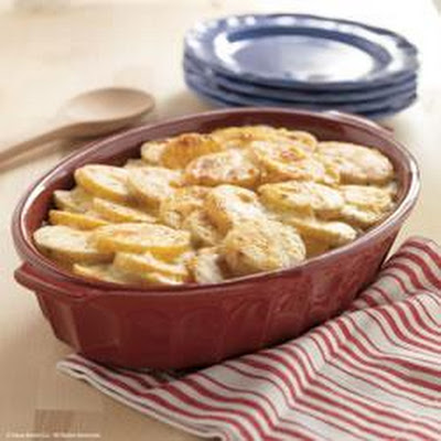 Creamy Scalloped Potatoes by Daisy Brand