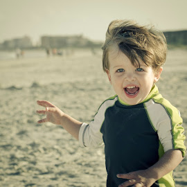 Excitement by Tyler Olson - People Family ( child, face, scream, happy, beach, run, nikon, boy, tamron, Emotion, portrait, human, people )