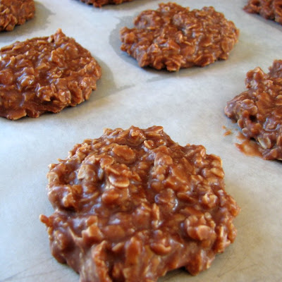 No-Bake Chocolate, Peanut Butter & Oatmeal Cookies