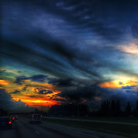 Driving into the sunset!!! by Nicolas Donadio - Landscapes Cloud Formations