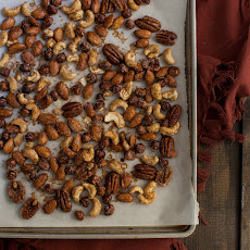 Gluten-Free Sweet and Spicy Nut Mix