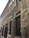 Ancien Hôtel Des Comtes De Champagne.