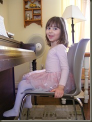 Ella and piano2