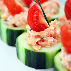 Spicy Salmon Cucumber Bites