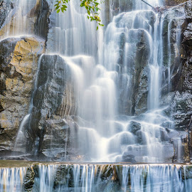 WATERFALL by David Dallinger - Novices Only Landscapes ( waterfalls, picnic point, toowoomba, australia, long exposure, wet )