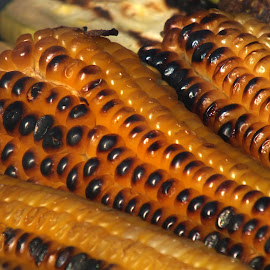 Grilled corn by Calistru Silviu - Food & Drink Fruits & Vegetables ( grill, food, grain, yellow, corn )
