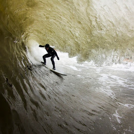 Sammy inside by Dave Nilsen - Sports & Fitness Surfing
