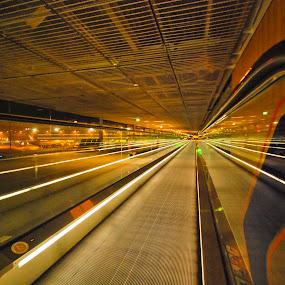 Sliding light by João Ferreira - Buildings & Architecture Other Interior ( paris airport )