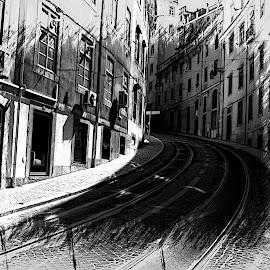 LISBOA .PORTUGAL by Guilherme  Junior - Digital Art Places ( black and white, cityscape )