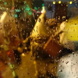 by Apoorva  Chandrashekar  - Abstract Water Drops & Splashes