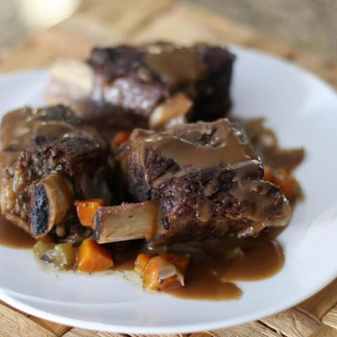 Savory Beef Short Ribs with Gravy