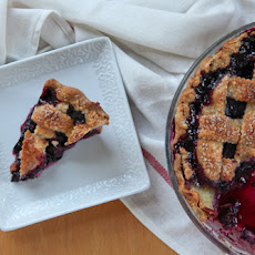 Black and Blue (Berry) Pie