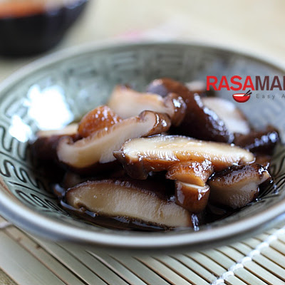 Braised Mushrooms with Dashi