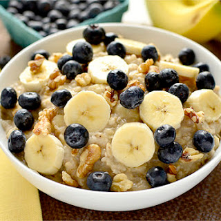 Blueberry Banana-Nut Oatmeal