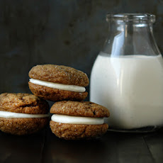 Pumpkin Molasses Sandwich Cookies