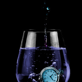 time out by Dietmar Kuhn - Abstract Water Drops & Splashes ( splash, blue, watch, glass, wineglass )