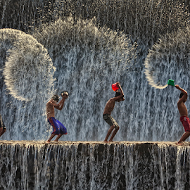 Splashing Time by Nyoman Sundra - People Street & Candids ( water, children.bali, people, river )