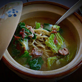 MIE KUAH by Chev M - Food & Drink Plated Food ( fresh, noodle, hot, vegetable )