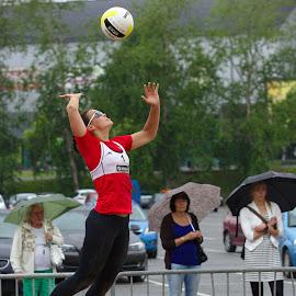 Beach volley in the rain by Simo Järvinen - Sports & Fitness Other Sports ( woman, beach volley, sports, spectators, rain,  )
