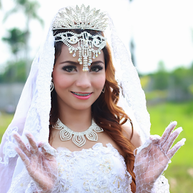 by Rizky Syamhot Lubis - Wedding Bride