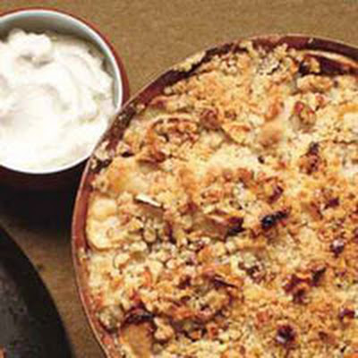 Walnut-Apple Crisp with Nutmeg Cream