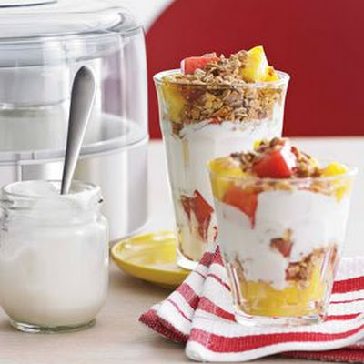 Mixed Fruit and Yogurt Parfaits