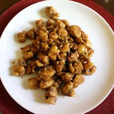 Eileen Yin-Fei Lo's General Tso's Chicken