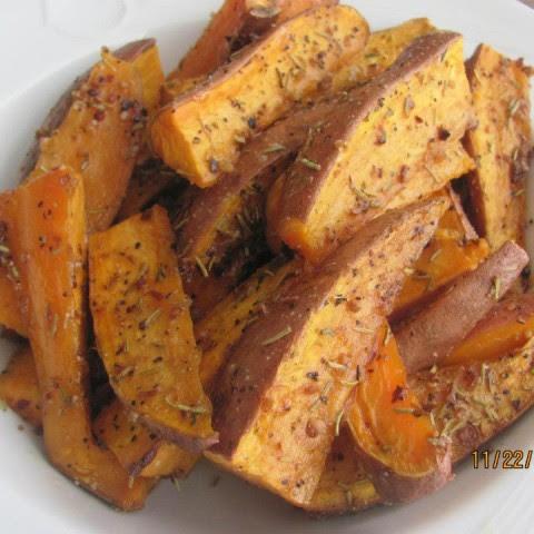 Roasted Rosemary Russet Potato Wedges Recipe | Yummly