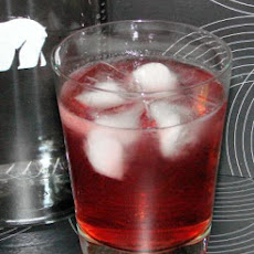 Cranberry and Vodka Sparkle