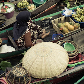 Seller on floating market by Maury Amdo - City,  Street & Park  Markets & Shops ( #traditional #market #people #indonesia #seller )