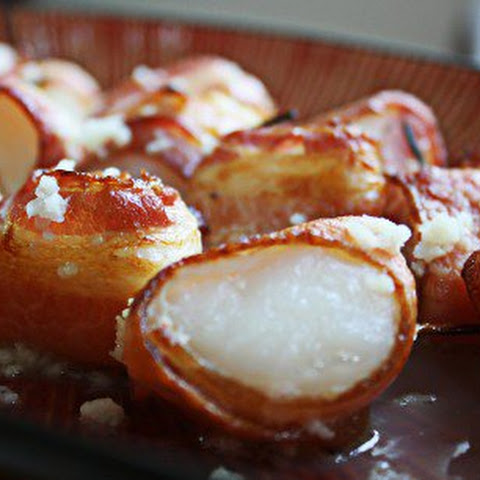 Bacon Wrapped Scallops with Garlic Butter