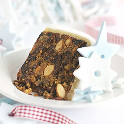 Sherry & almond Christmas cake