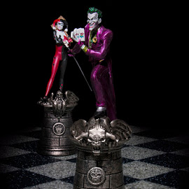 Joker & Harley by Mark Davis - Artistic Objects Toys ( harley, joker, dark, chess, batman )