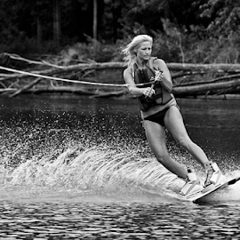 by Theresa Stevens - Sports & Fitness Watersports