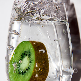 Kiwi aromatic water by Daniel Mandowsky - Food & Drink Alcohol & Drinks
