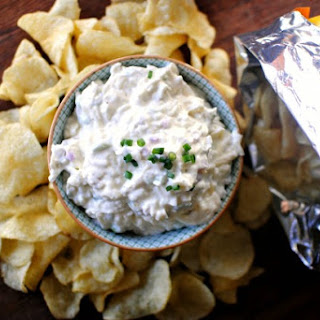 Cheesy Roasted Garlic Chip-Dip