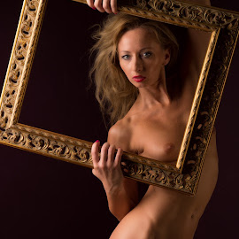 Framed by Tomas Fensterseifer - Nudes & Boudoir Artistic Nude ( frame, nude, low key, artistic nude )