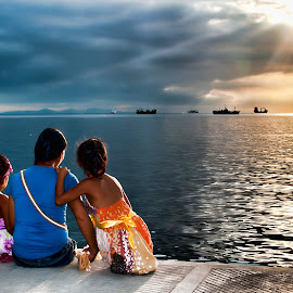 A Special Day by Erico Claudio - City,  Street & Park  Vistas ( mother and daughter, sunset, children candids, manila bay, manila bay sunset, philippines )