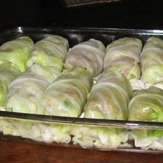 Middle Eastern Cabbage Rolls with Yoghurt Sauce