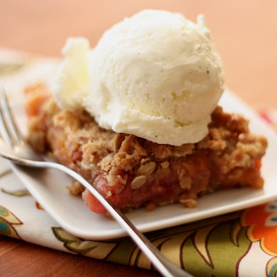 Apricot Rhubarb Strawberry Almond Crunch