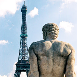 Gazing at the Eiffel Tower by Timothy Carney - Buildings & Architecture Statues & Monuments ( paris, eiffel tower, statue )