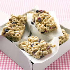 Cranberry-Oat Cereal Bars