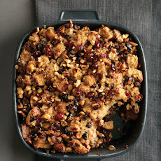 Rosemary Whole-Wheat Stuffing with Figs and Hazelnuts