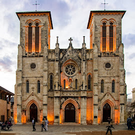 San Fernando Cathedral, San Antonio, TX by Judy Rosanno - Buildings & Architecture Places of Worship ( historical church, church, exterior, cathedral, architecture )